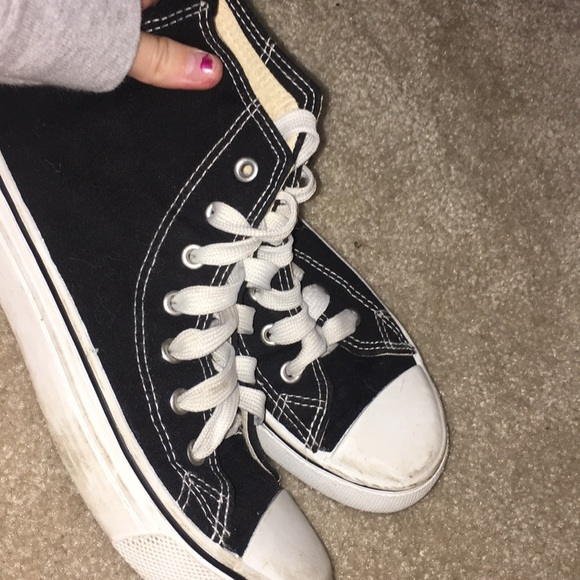 027563aef0f Fake black converse